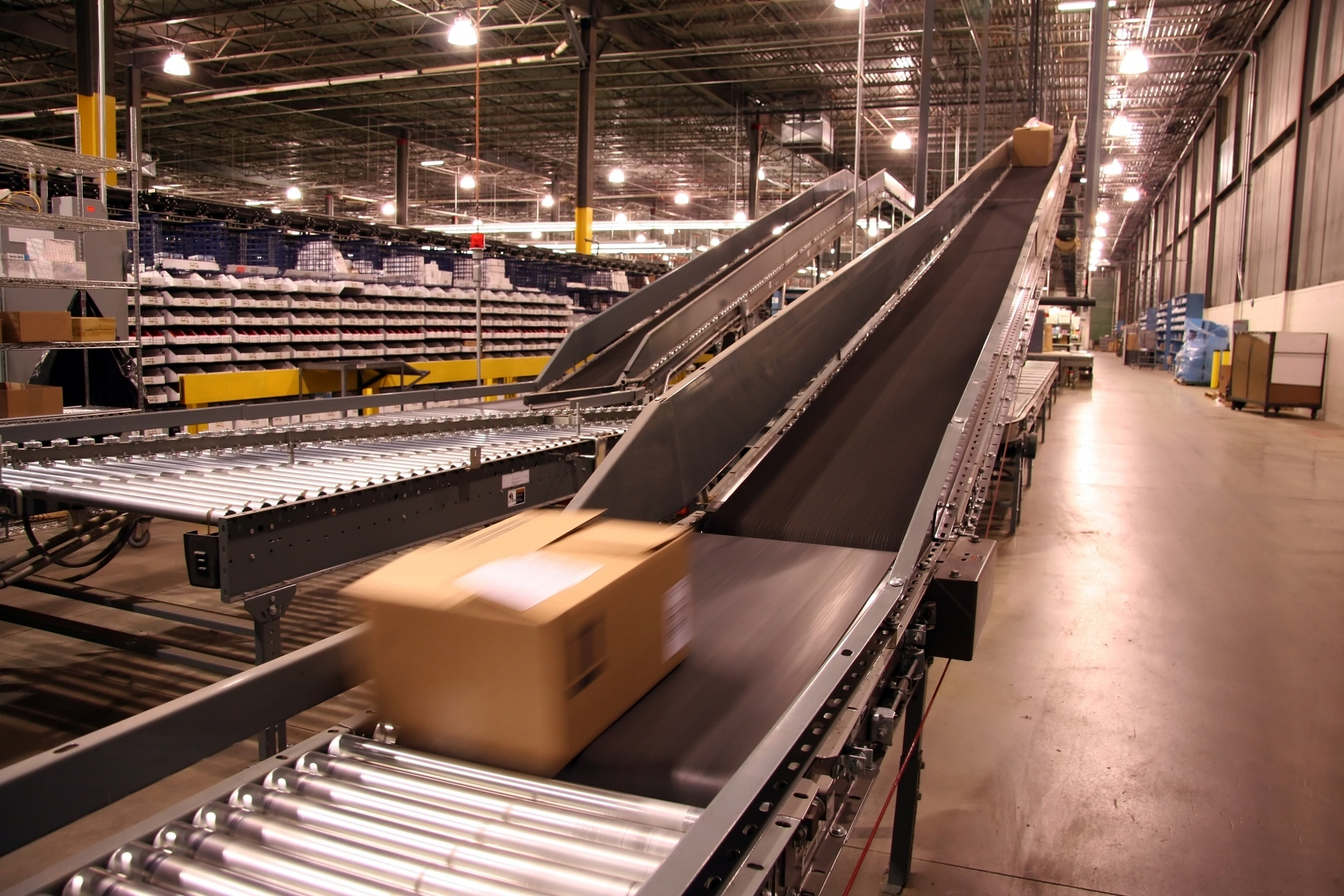 box moving on conveyor belt
