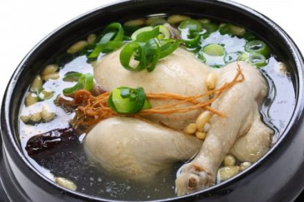 samgyetang chicken soup in bowl